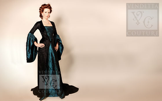 Anemone-012 medieval style dress
