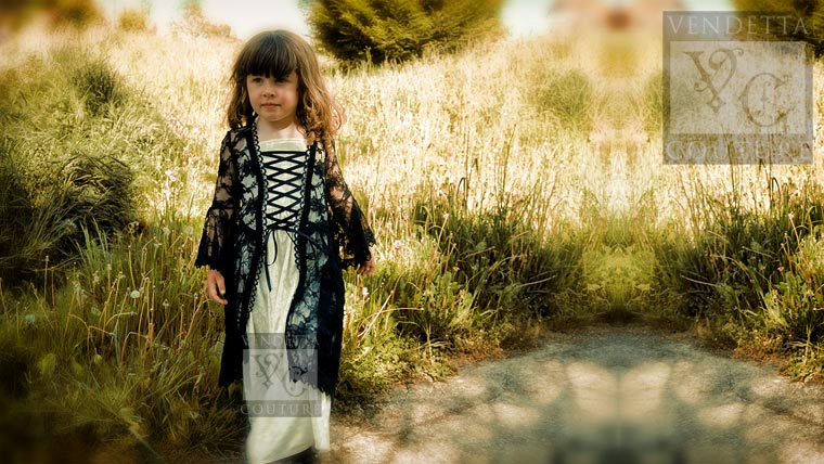 Iris child-016 medieval style dress